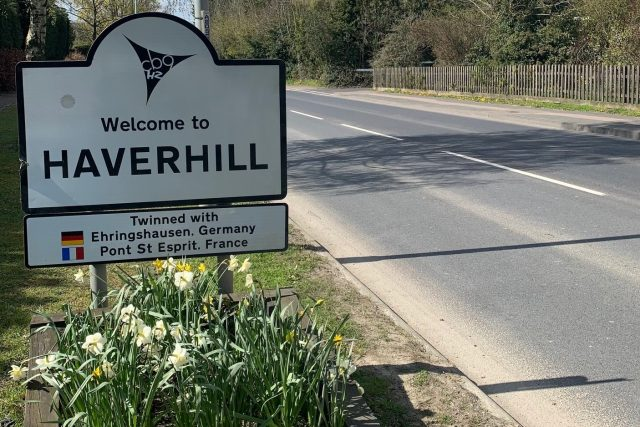 Haverhill sign wide
